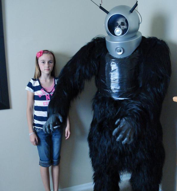 robot monster 2.jpg