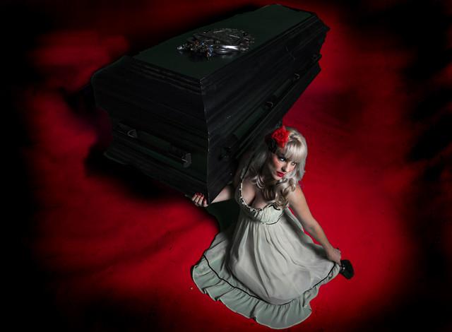 flat top casket 8.jpg