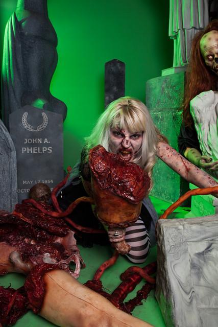 zombie graveyard 486.jpg