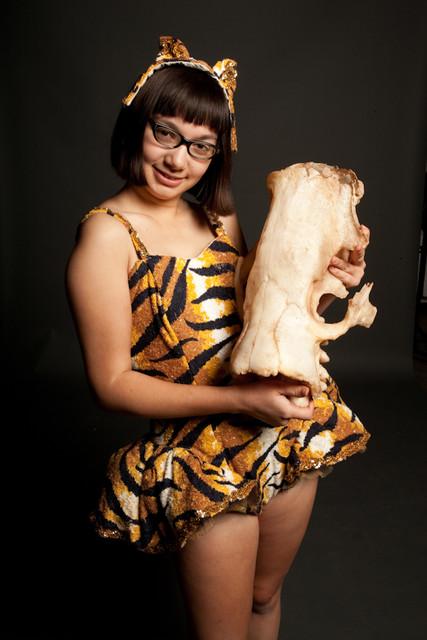 giant sloth skull  as is 45r 150s.jpg