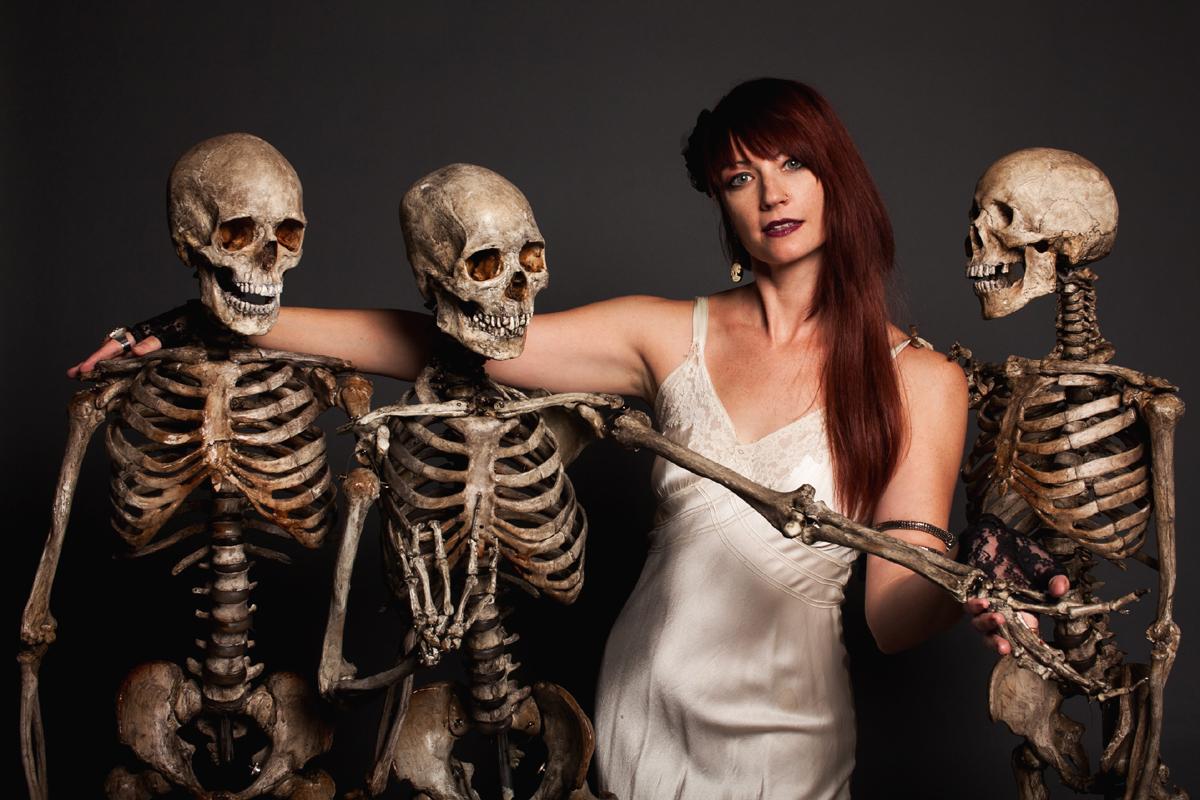 crime scene skeletons 3287.jpg