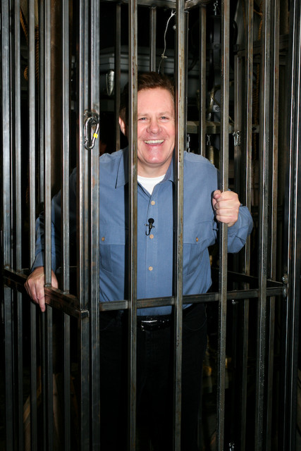 Cage Props - large Dungeon Cage with CNN's John Mann
