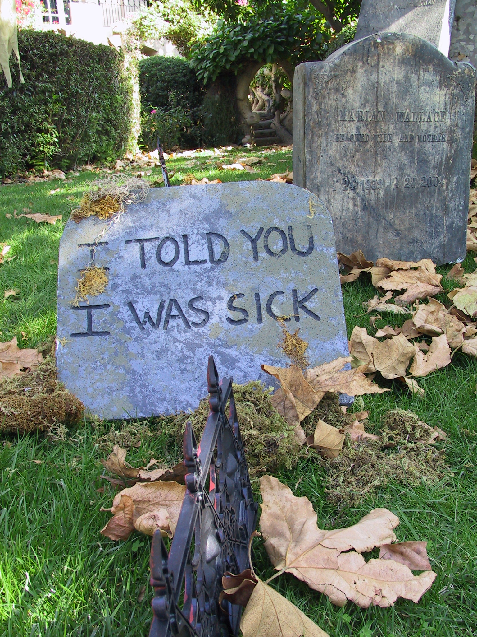 props for rent portfolio halloween headstones and funny epitephs funny_tombstone_77