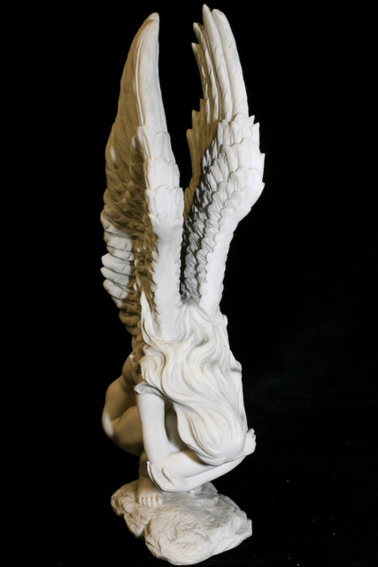 Angels - crying angel statue -42.jpg