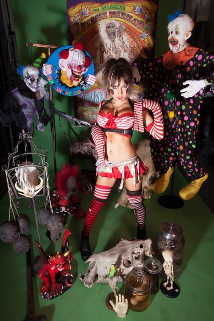circus sideshow 237.jpg