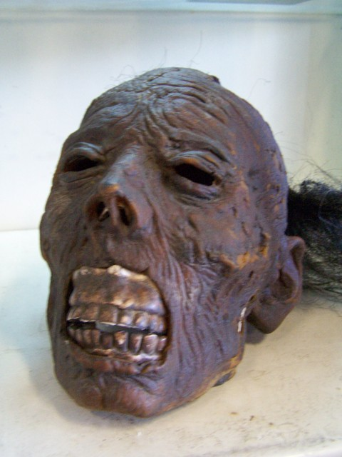 mummified head 171