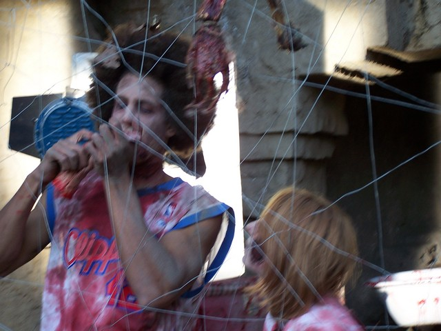 zombie zoo 54.JPG